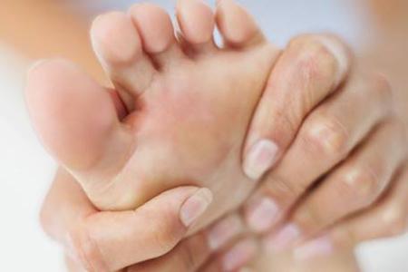 Auto-massage des pieds